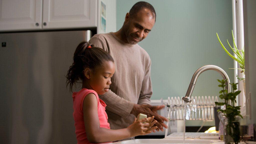 Nem az a jófej szülő, aki mindent megenged - szabályok válás után